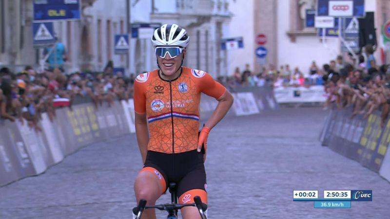 EK Wielrennen   Ellen van Dijk houdt machtige solo vol tot aan de finish