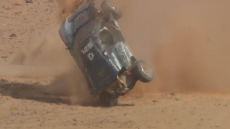Лютая авария на ралли – авто несколько раз перевернулось на крышу