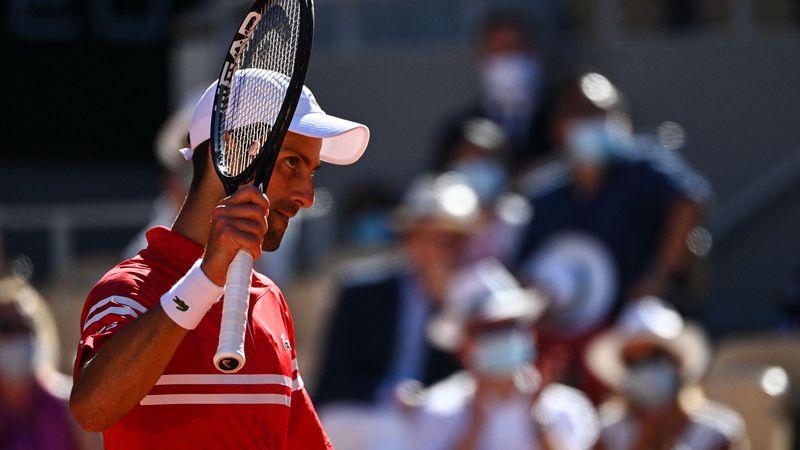 Djokovic, il recupero stratosferico a rete vale il 19° Slam