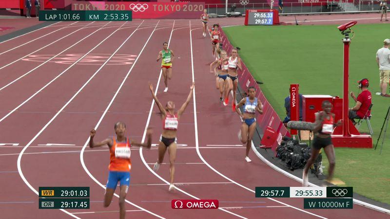 Tokyo 2020 | Kadınlar 10 bin metre finali | Sifan Hassan altın madalyanın sahibi oluyor