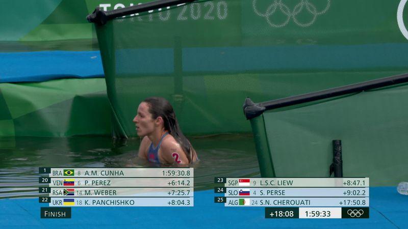 Hatalmas tapsot kapott a 10 km-en utolsóként végző úszó