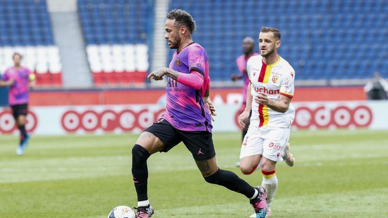 Titelrennen wird immer enger: Neymar trifft, PSG siegt