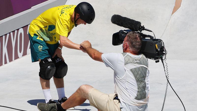 Crash mit Kameramann: Skater sorgt für Schrecksekunde