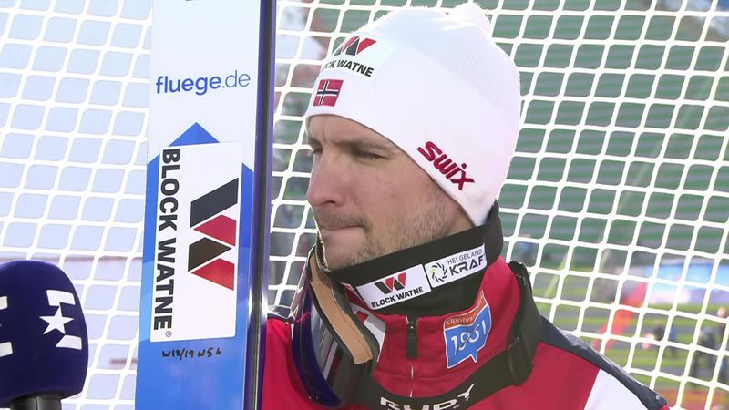 Competitors react to jumps in Seefeld