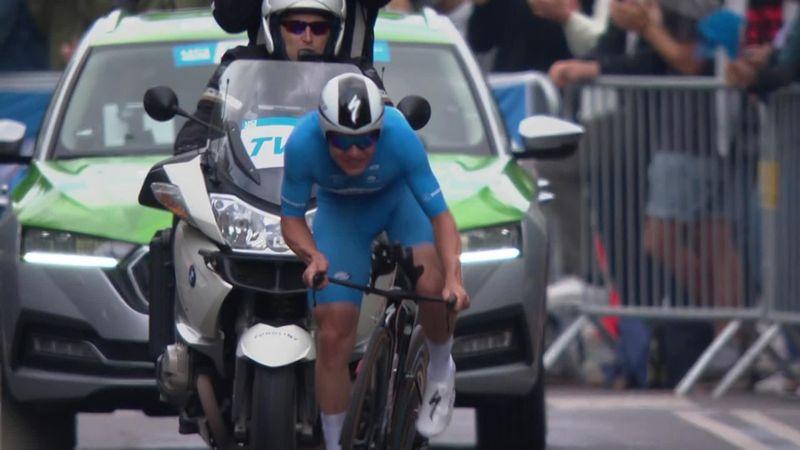 Remco Evenepoel wint tijdrit met miniem verschil en Ronde van Denemarken met overmacht