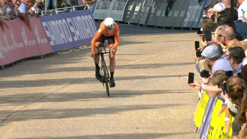 'Is this a gold medal winning ride?' - Van Dijksets world title winning time