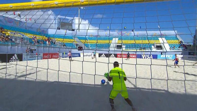 7 голов матча Парагвай – Панама, первые 3 из которых были забиты головой