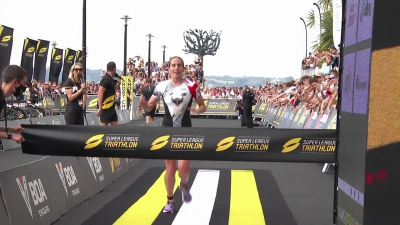 'They're loving it!' - Crowd goes wild as Jess Learmonth takes the win in Jersey