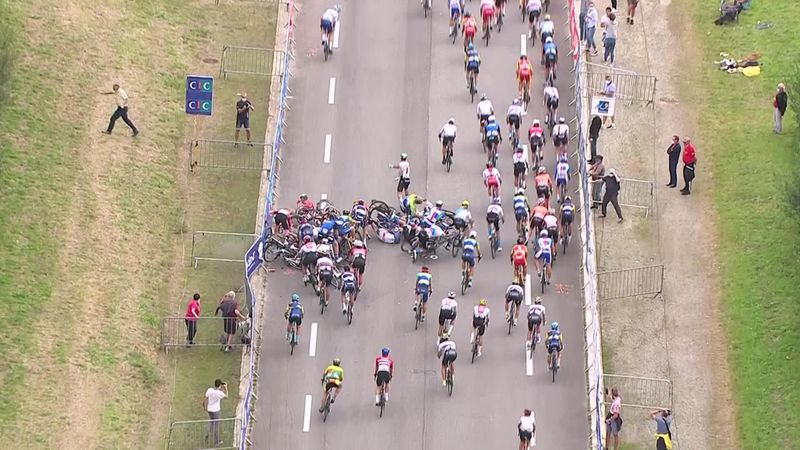 'That's a nasty one' - Crash sparks huge pile-up at European Championships