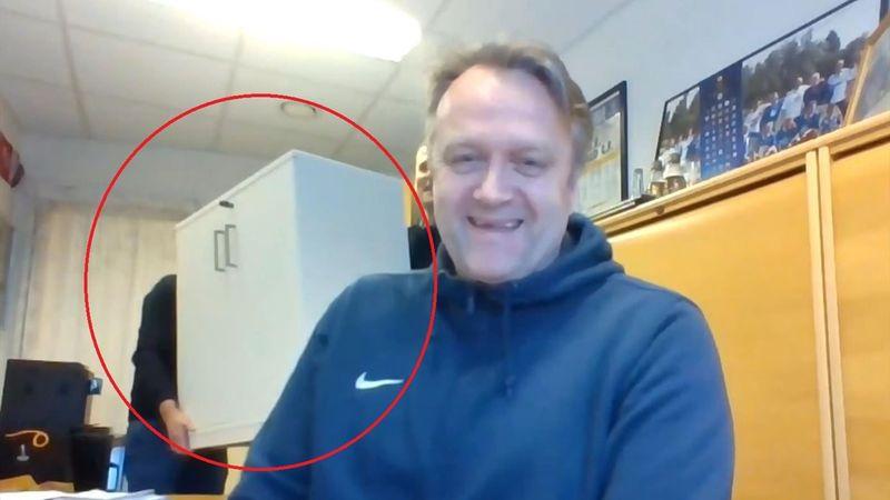 Sjekk stuntet bak Molde-sjefens rygg