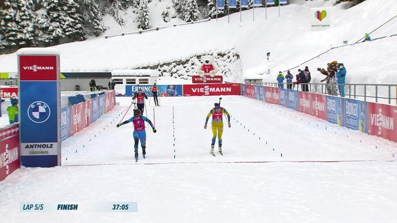 Simon brucia Oeberg e Hauser nella mass start