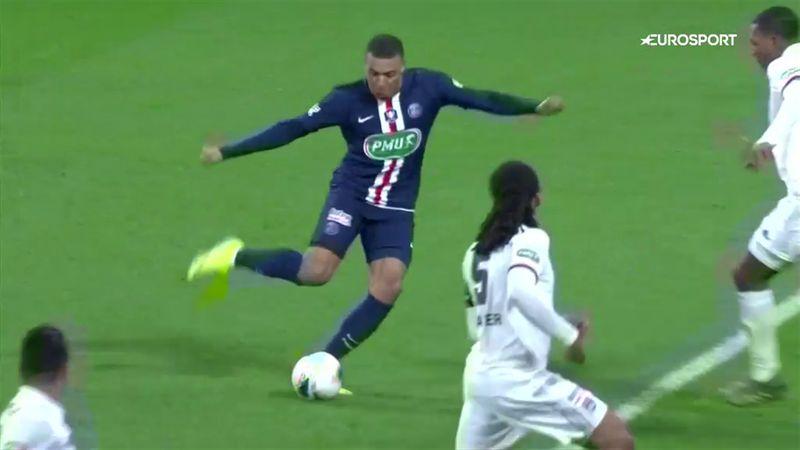 Mbappe come Ronaldo il Fenomeno: che cavalcata contro il Lione