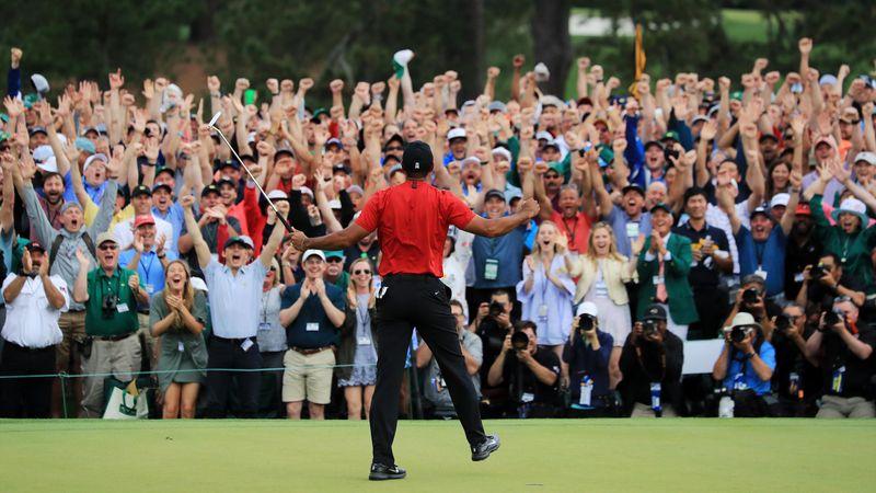 Tiger Woods, il fenomeno che ha portato le folle a seguire il golf