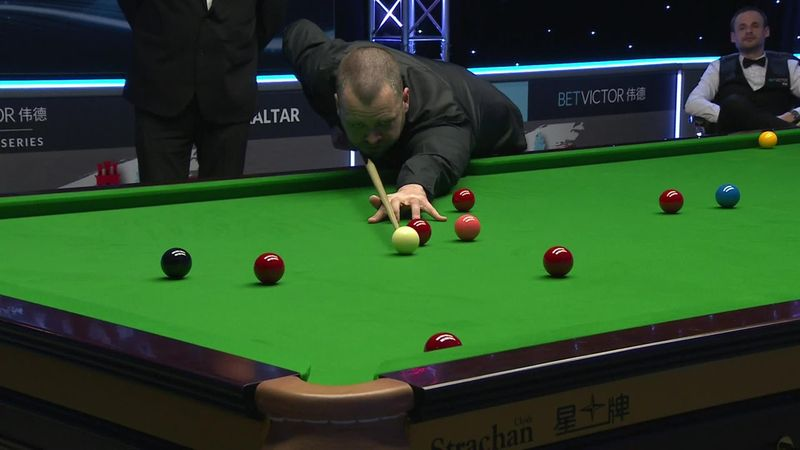 Did he touch it?! - Jimmy Robertson calls foul on himself but was he right?