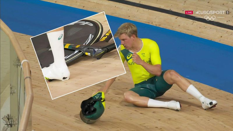 'Oh, disaster!' - Australian rider suffers awful crash as handlebars snap off