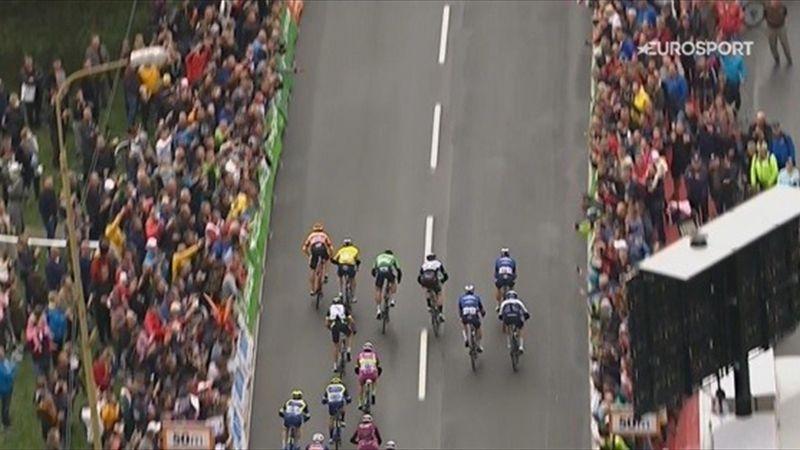 Halvorsen wins Stage 3 photo finish in Slovakia