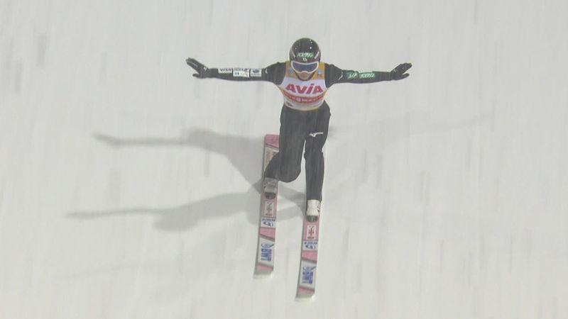 World Cup leader Ryoyu Kobayashi jumps well in qualifying