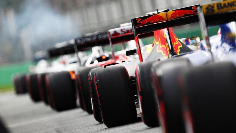 Debutul sezonului 2021 din Formula 1 & MotoGp cu Alex Cocu