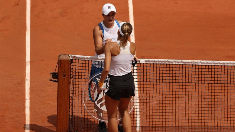 'Great shame' - Barty pulls out with injury
