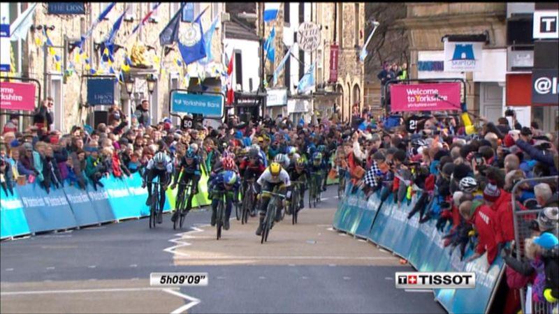 Tour of Yorkshire: Nefesleri kesen ilk etapta zafer Groenewegen'in