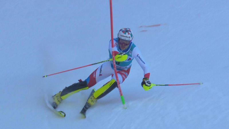 Adelboden | Daniel Yule wint ondanks foutje slalom