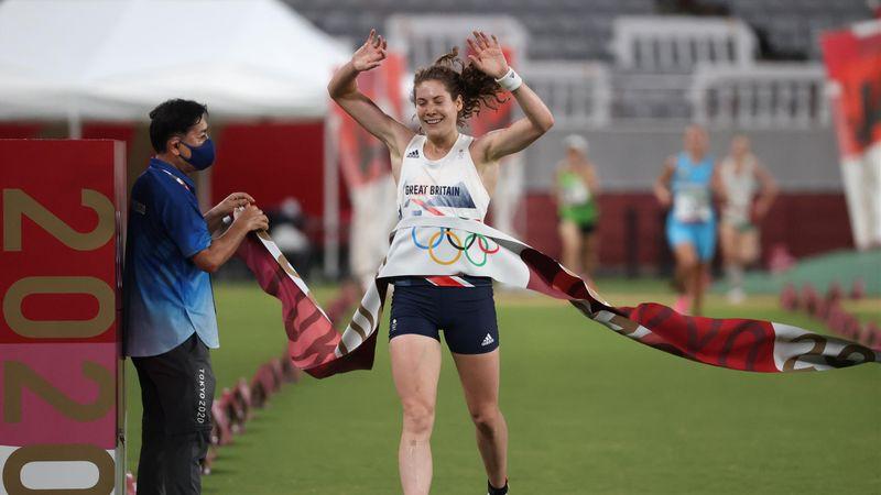 Highlights: Kate French holt  im Modernen Fünfkampf Gold für Team GB