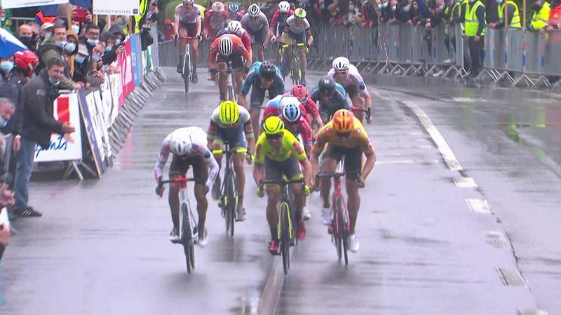Benoît Cosnefroy wins the Tour du Finistère