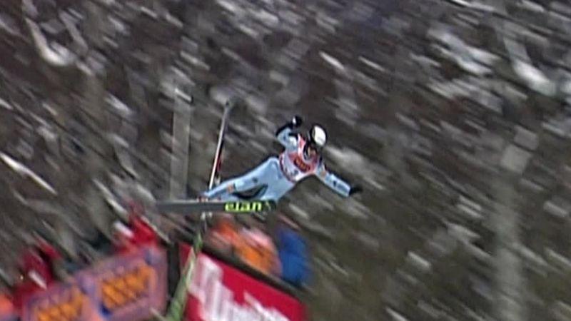 La caída que hizo que Roglic abandonara los saltos de esquí