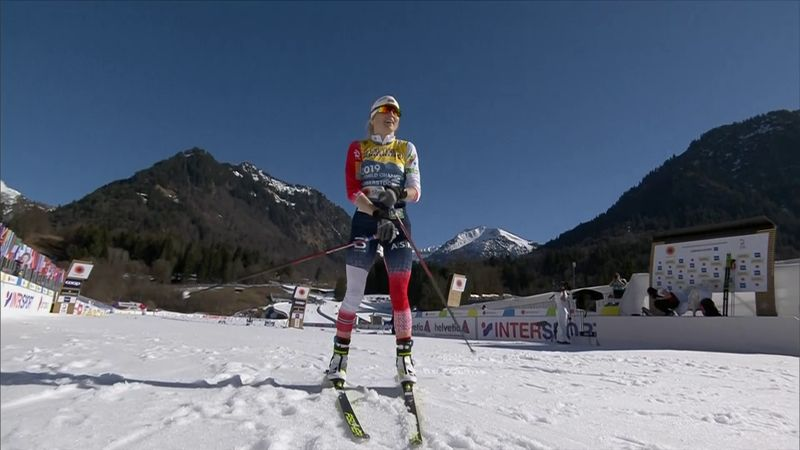 Therese Johaug takes 10km gold