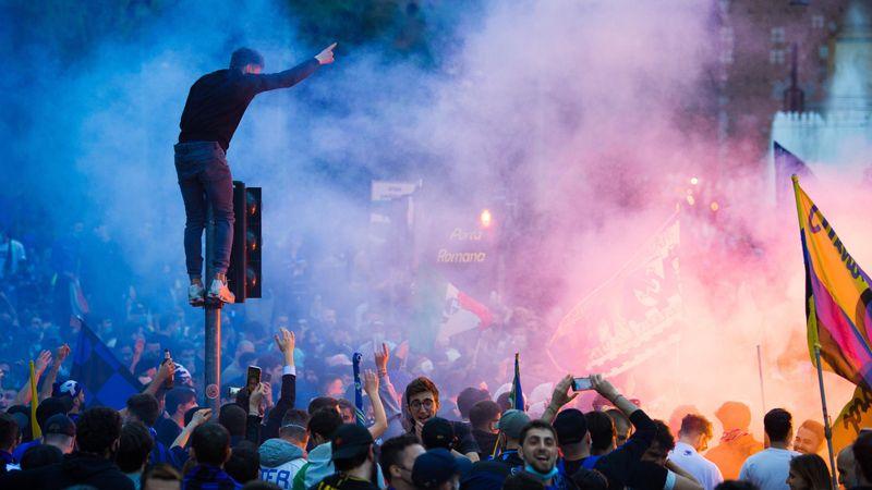 30.000 Inter-Fans feiern Meistertitel frenetisch