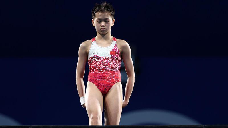 """Dublă superbă pentru China, la platformă 10 metri. Quan Hongchan, sărituri """"din altă lume"""""""