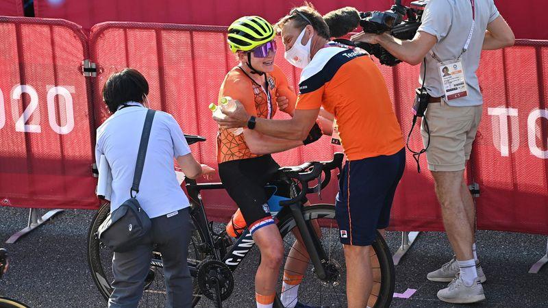 Sie glaubte, sie hätte gewonnen: Rad-Drama um van Vleuten