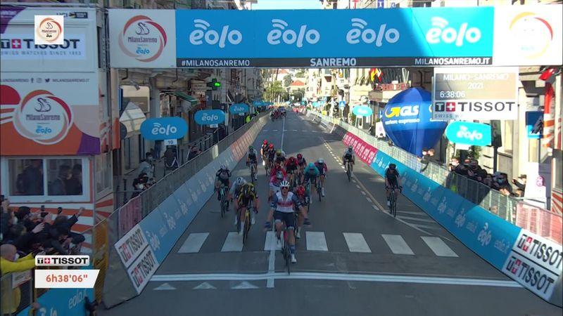 Finalul clasicei Milano-San Remo, câștigată surprinzător de Jasper Stuyven