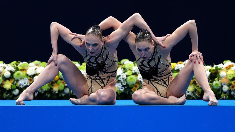 Moment (très) gênant : un problème de son a transformé le duo russe en statue