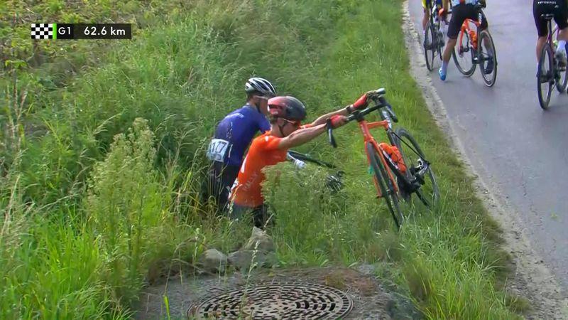 Ab in den Graben: Sturz bei Kampioenschap van Vlaanderen
