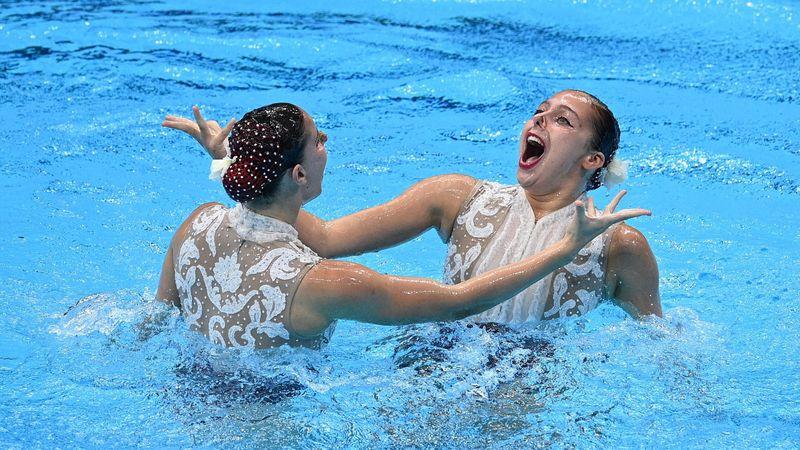 Natación sincronizada   Alisa Ozhogina e Iris Tió debutan con un 88.300