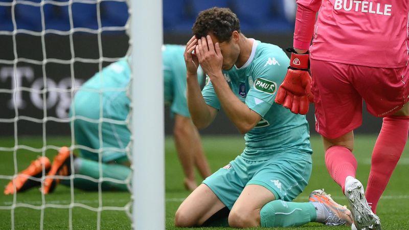 Festival de Dagba, Neymar à l'affût, puis c.s.c. : le PSG mène 2-0 face à Angers