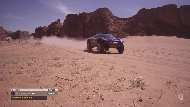Tøffe forhold i ørkenen – her vingler verdensmesteren i over 140 km/t