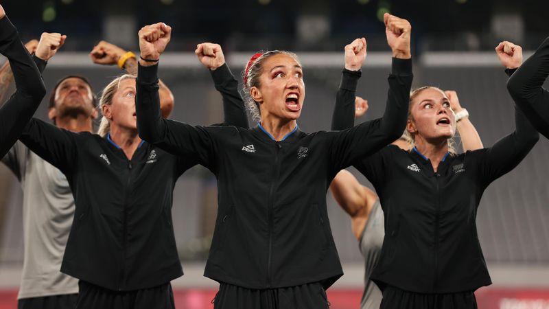 Gänsehaut! Neuseelands Rugby-Frauen performen Haka nach Olympiasieg