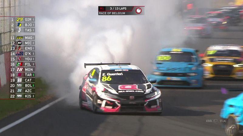 WTCR, scoppia il motore di Guerrieri, che fumata!