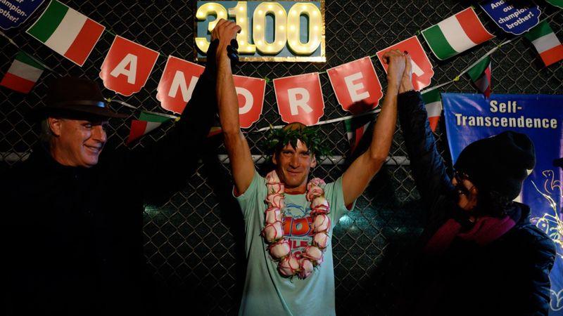 Irre! Italiener gewinnt Lauf-Event nach 42 Tagen und 5649 Runden