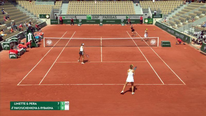 ¡Pero qué locura es esta! El punto del torneo llega del dobles femenino
