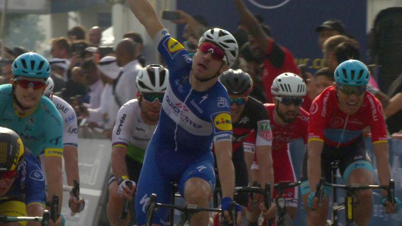 Tour de Dubai: Elia Viviani se hace con la segunda etapa y Groenewegen mantiene el liderato