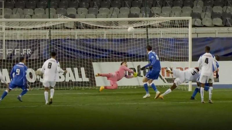 Une barre, des ratés et un but litigieux : revivez la qualification d'Auxerre