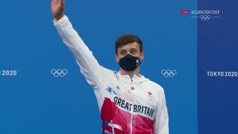 'Wonderful diving' - Daley receives bronze medal after 10m platform