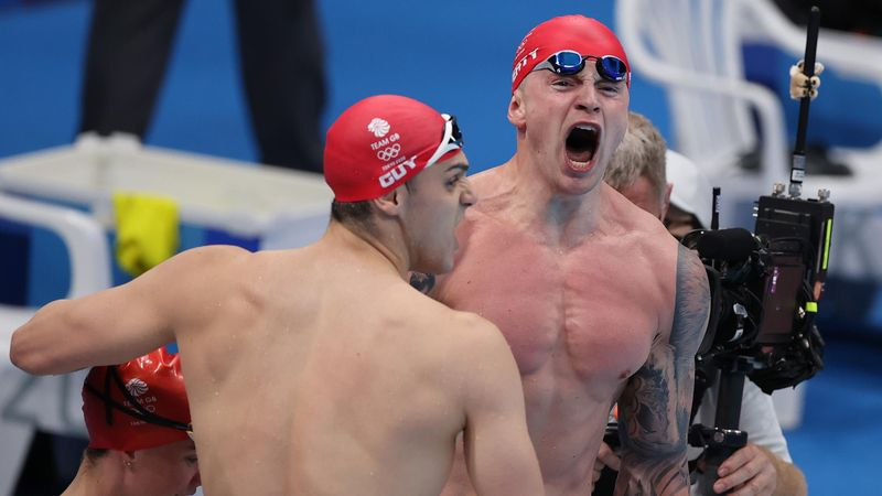 'Out of this world!' – GB break world record to collect medley gold