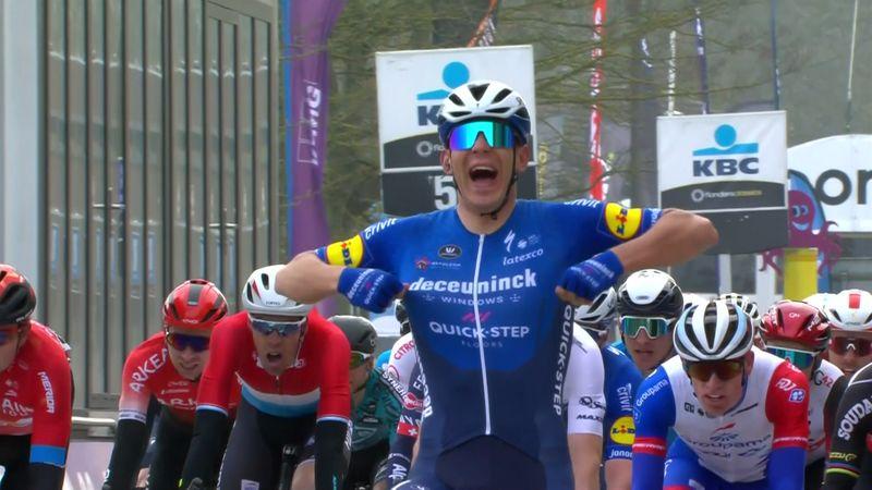 Highlights: Davide Ballerini powers away to take men's Omloop Het Nieuwsblad