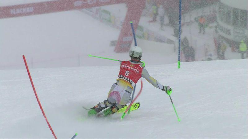 Foss-Solevaag frappe un grand coup dans la 1re manche du slalom