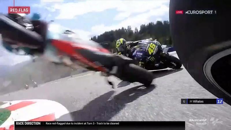 MotoGP | Rossi door het oog van de naald - onboard beelden