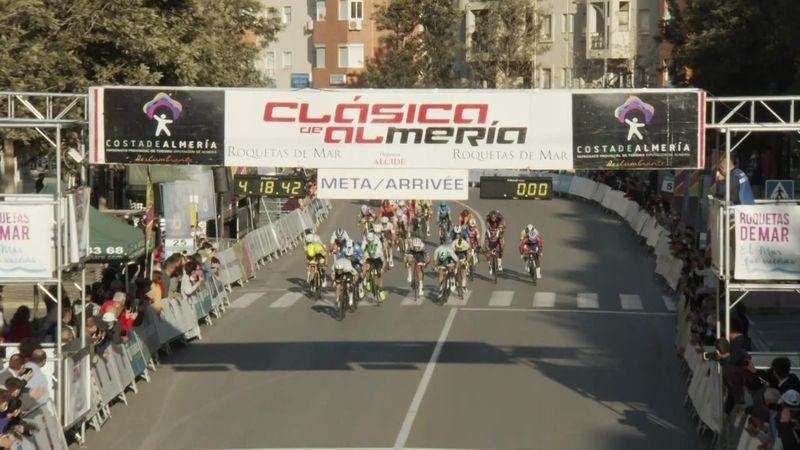 Der Sprint um den Sieg bei der Clasica de Almeria in Spanien